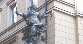Figura Matki Boskiej Łaskawej w Krakowie (fot. M> Romanowska-Zadrożna)