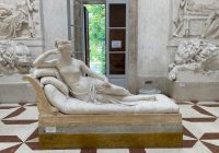 Ustalono tożsamość turysty, który w trakcie wystawy uszkodził odlew rzeźby wykonany przez Antonia Canovę