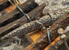 Średniowieczne zabytki z nielegalnej aukcji internetowej trafiły do muzeum