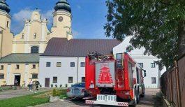 Pożar zabytkowego klasztoru w Warcie. Pijany mężczyzna zasnął z papierosem w konfesjonale